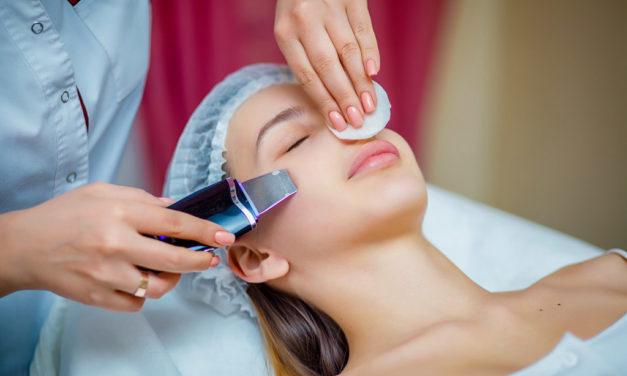 Peeling kawitacyjny – czym jest, jakie efekty, przeciwwskazania, cena, opinie