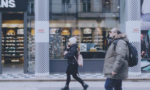 Kurtka pikowana idealna do miejskich stylizacji – poznaj 7 stylizacji do miasta z kurtką pikowaną