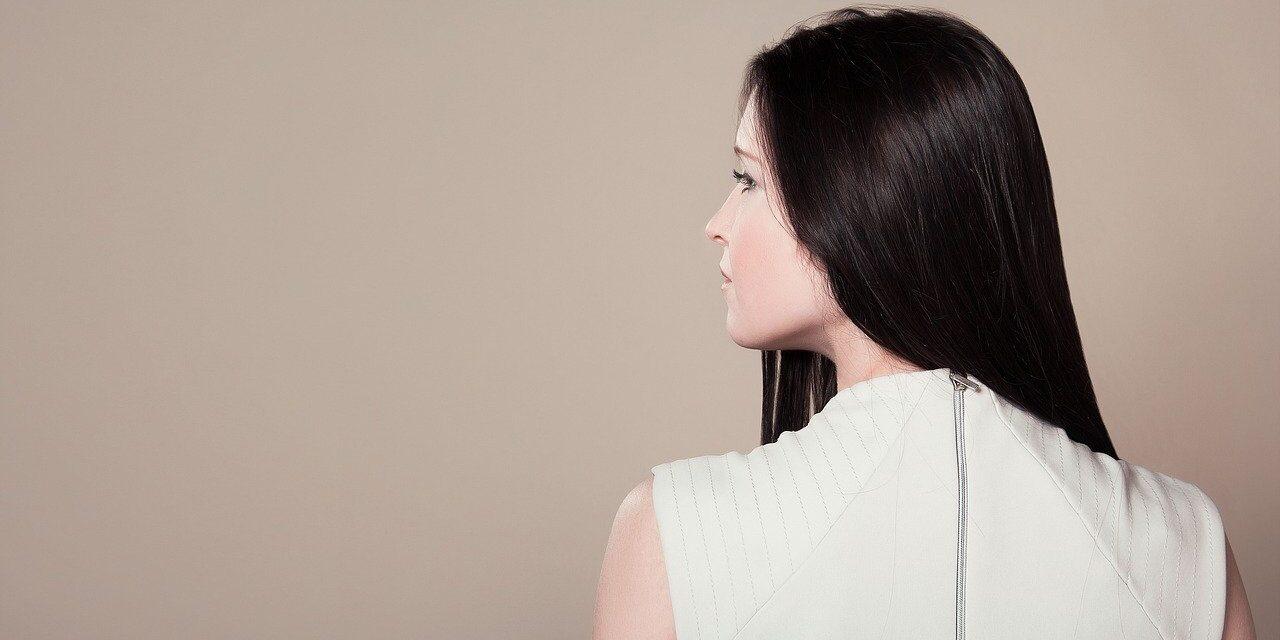 Na czym polega olejowanie włosów? Dla kogo jest ten zabieg?