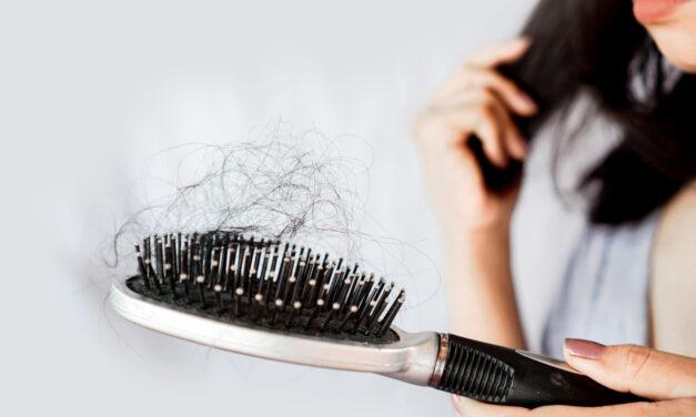 Jak zniwelować wypadanie włosów pod wpływem stresu?